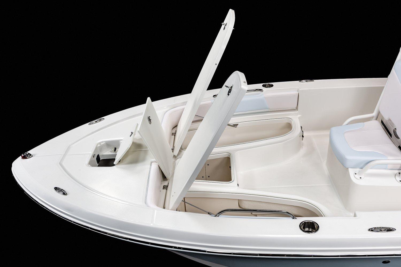 206 Cayman - Bow Storage